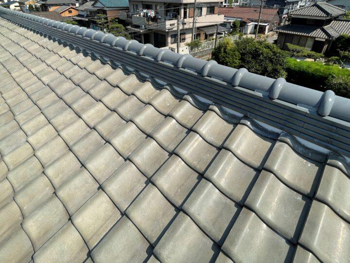 大屋根の棟瓦葺き替え