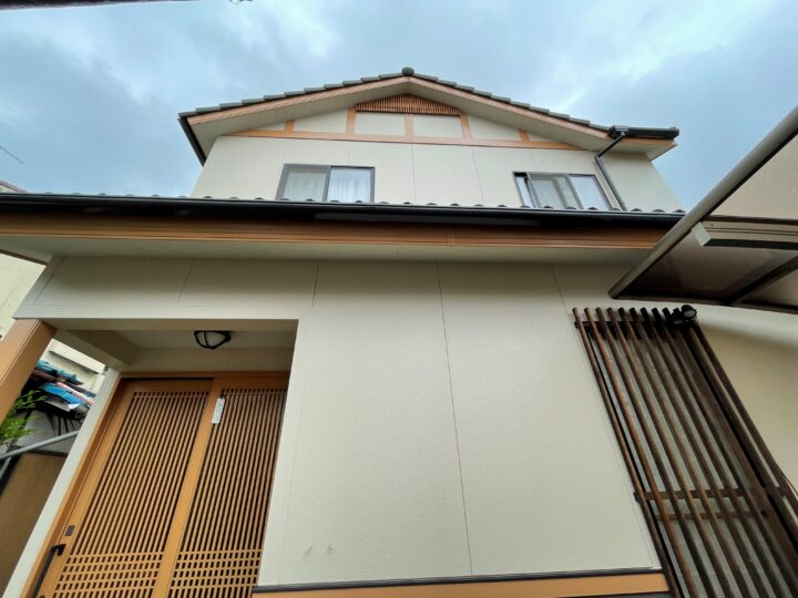 姫路市飾磨区 外壁塗装・ベランダ防水・シャッター取替リフォーム