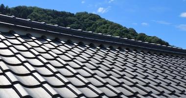 これまでの屋根材を撤去して屋根を新しくする屋根葺き替え!
